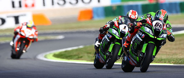 Sykes and Jonathan Rea, WSBK Race1, French WSBK 2016